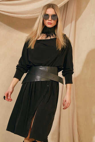 LONG SLEEVE DRESS WITH COWL NECK IN BLACK
