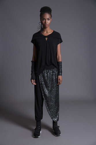 YOU - SHORT SLEEVE KEYHOLE FRONT TOP
