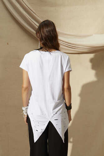 SHORT SLEEVE T-SHIRT WITH RIPPED HEM