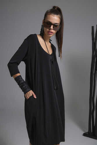 3/4 SLEEVE DRESS WITH ROUND NECK - Thumbnail