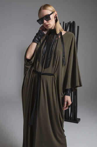 YOU V-NECK BELTED MIDI DRESS WITH BATWING SLEEVES - Thumbnail