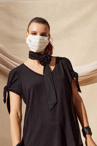 V-NECK BLOUSE WITH TIE SLEEVES